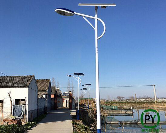 太阳能路灯安装效果图