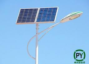 市电互补太阳能路灯