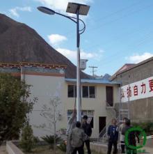 农村装太阳能路灯亮灯几个小时合适