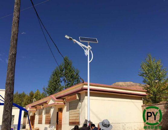新农村建设专用太阳能路灯