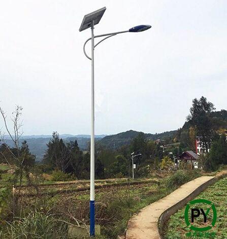 农村安装太阳能路灯