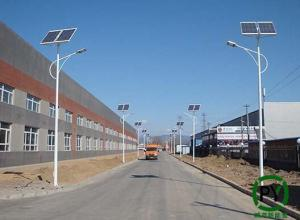 保定鹏尧:厂区太阳能路灯怎么装划算