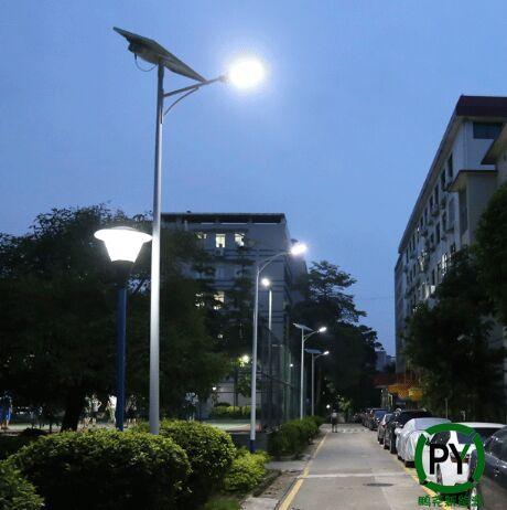 北京校园太阳能路灯