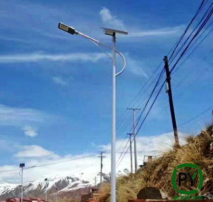 农村6米30瓦太阳能路灯