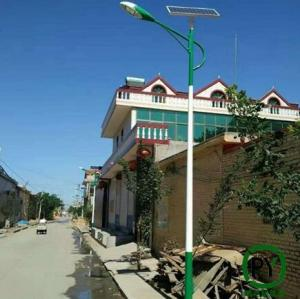 保定鹏尧推荐:农村5米6米太阳能路灯这么买