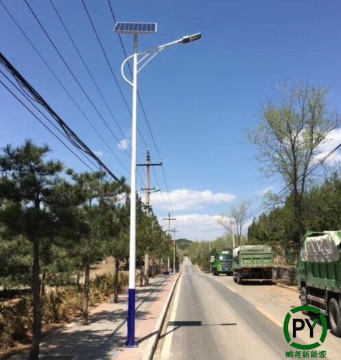 雄安6米太阳能路灯